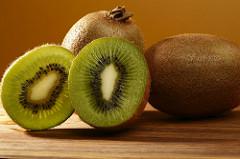 fiatalító kiwi